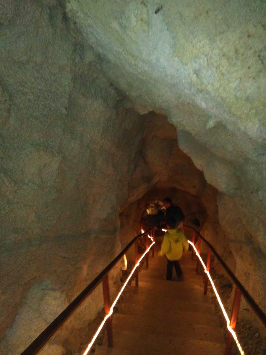 Grotte de Fontrabiouse