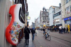 Ropa Amsterdam 01 300x201 1