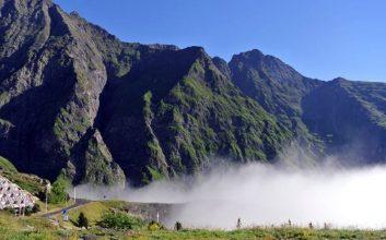 Disfruta del Otoño de los Pirineos Franceses en el Skylodge de Piau-Engaly
